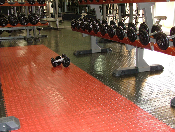 Gym Floors Interlocking PVC Floor Tiles And Mats For