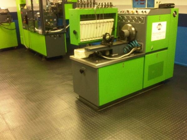 Workshop Floors Interlocking Pvc Floor Tiles And Floor Mats For